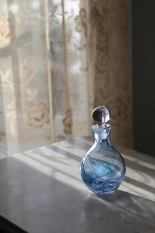 bb-blue-glasslace